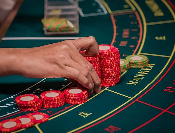 A Guide To Understanding The Rules Of Baccarat